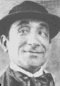 Manuel Pedro dos Santos – o Baiano. Cantou a primeira música gravada no Brasil
