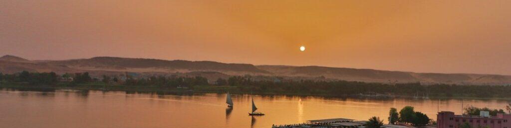 Rio Nilo - Karnak - Egito